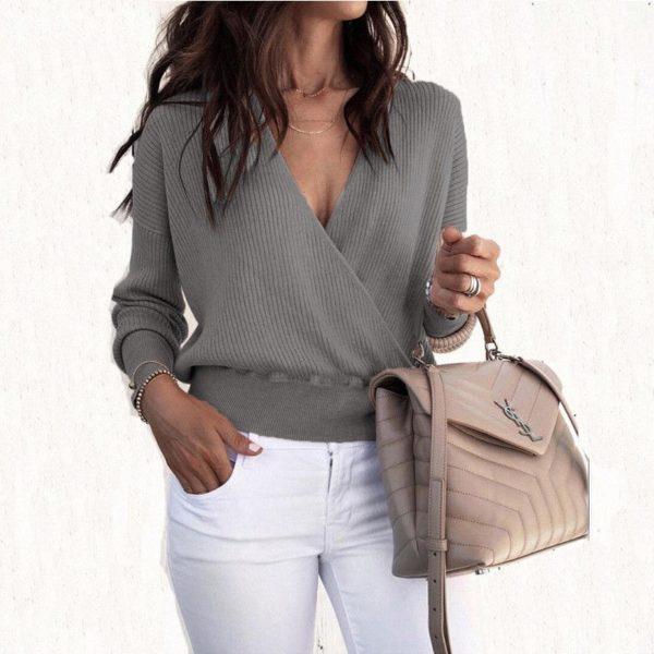 Dámský elegantní svetřík s výstřihem Lori