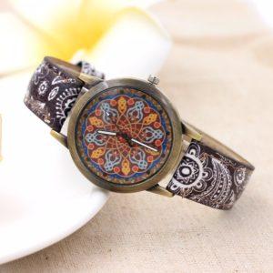 Dámské hodinky se vzorem mandaly