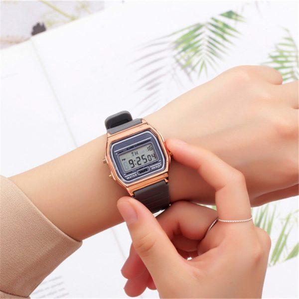Dámské luxusní retro hodinky Rose gold