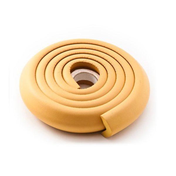 Ochranná páska na hrany stolu a nábytku