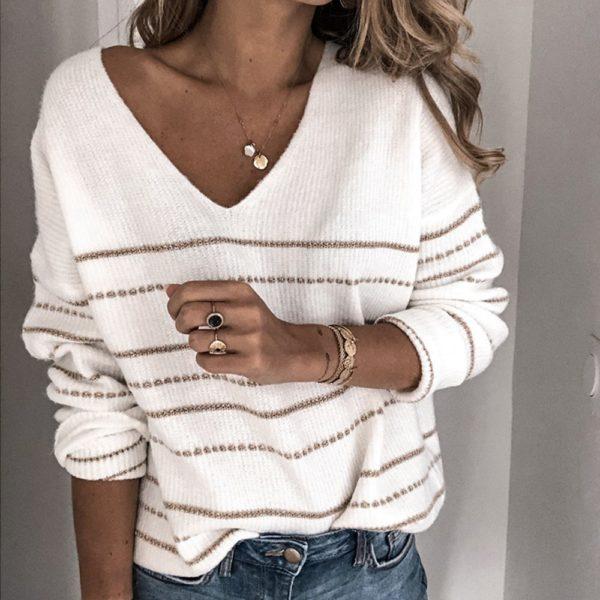 Dámský stylový svetr se zlatým prošíváním Carley