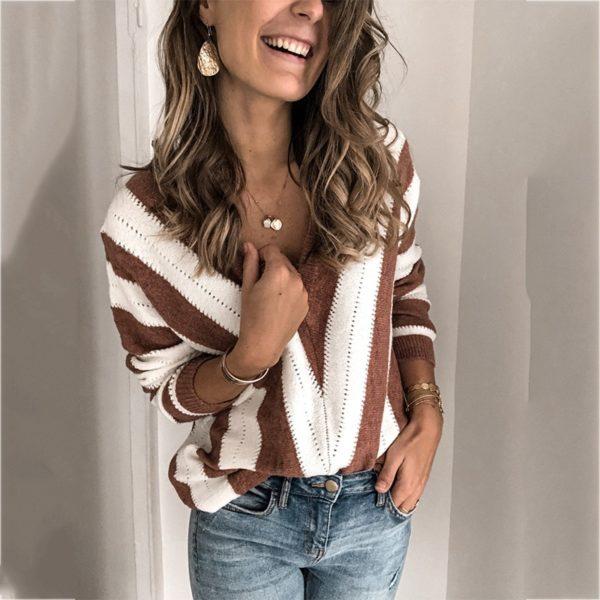 Dámský stylový svetr Claudia