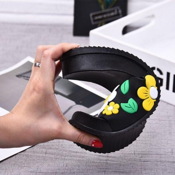 Dámské nadčasové gumové pantofle Gerardo