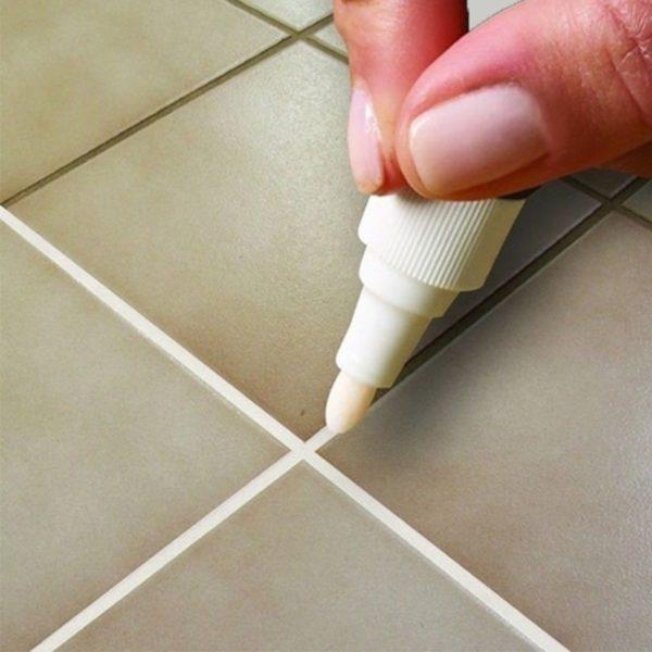 Praktické pero na opravu různých poškození povrchu