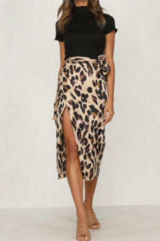 Dámská stylová sukně s leopardím vzorem