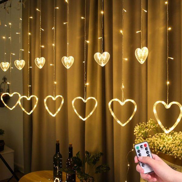 Světelný LED řetěz se srdíčky
