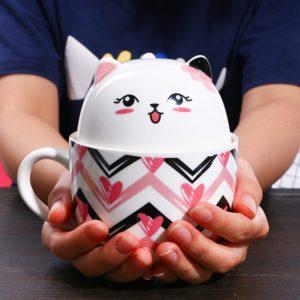 Hrneček s pokličkou v motivu kočičky Kitty