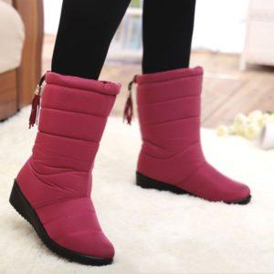 Dámské zimní boty se zapínáním vzadu
