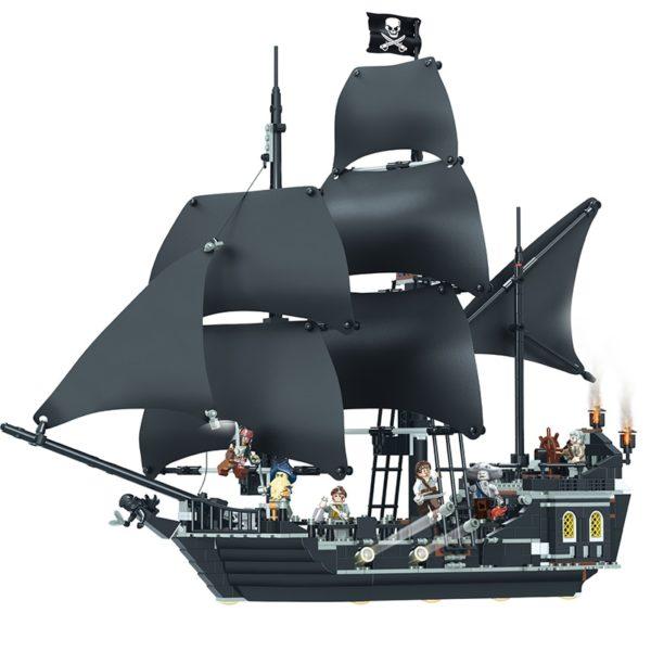 Stavebnice pirátská loď