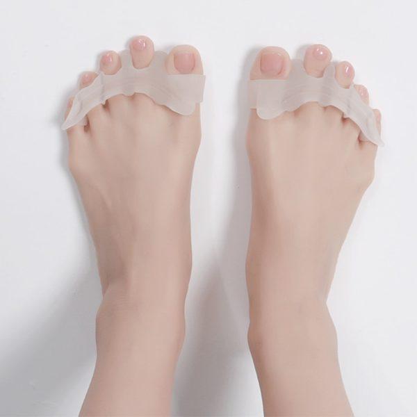 Relaxační silikonové separátory prstů