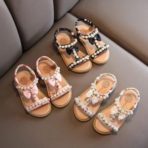 Letní dívčí sandálky s perlami
