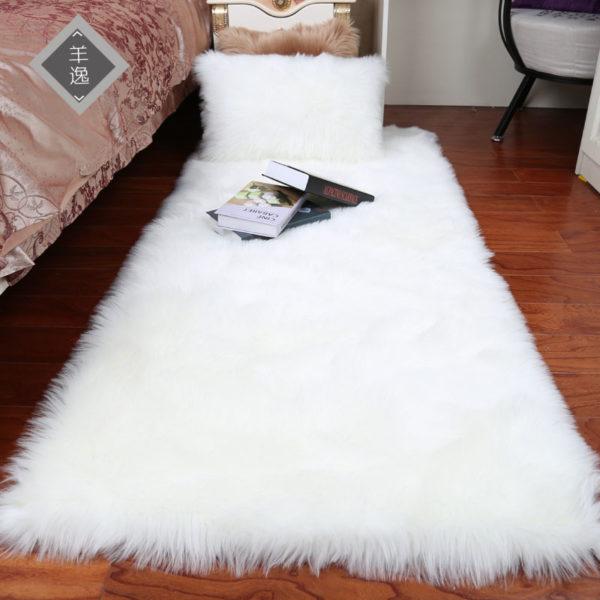 Nádherné chlupaté dekorační koberečky