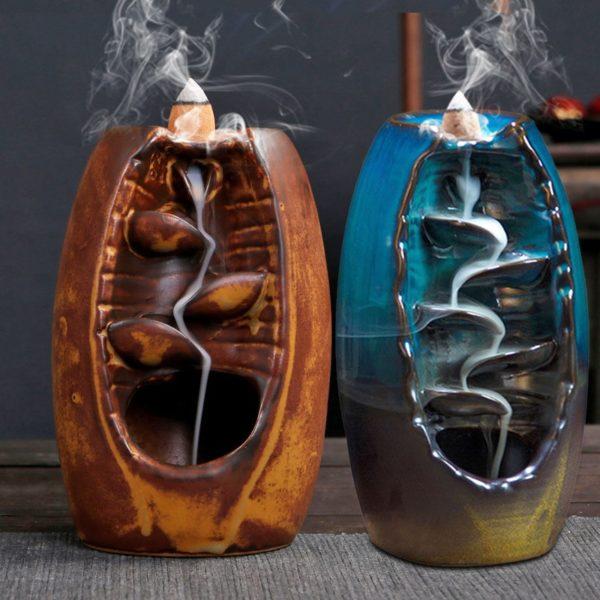 Krásný keramický vodopád na kadidlo