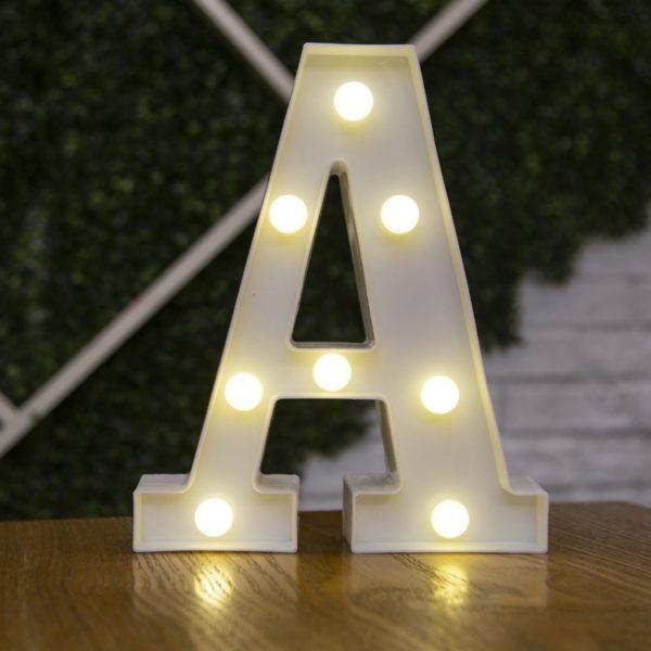 LED stylová lampička ve tvaru písmena a číslic