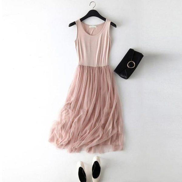 Dlouhé volné šaty s tylovou sukní