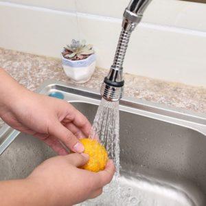 Kuchyňský dřezový spořič vody se 2 režimy a 360 stupňový nastavitelný vodní filtr