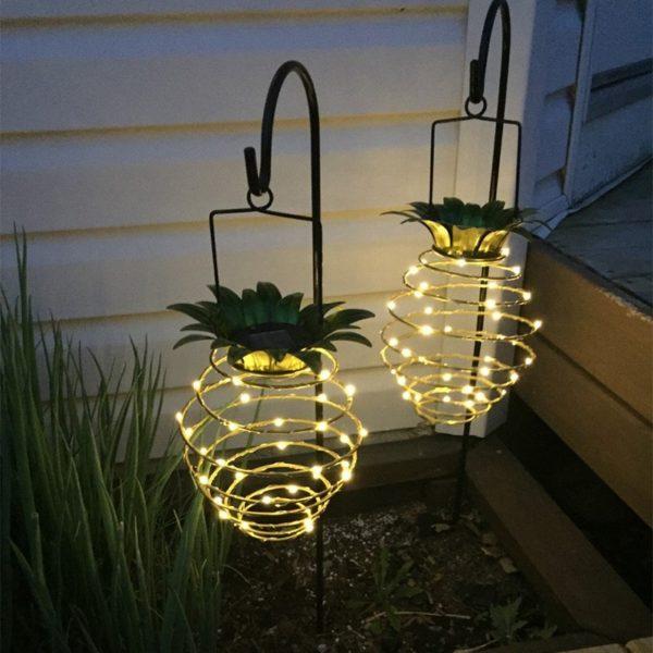 Zahradní světlo ve tvaru ananasu
