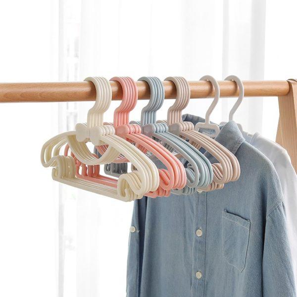 Sada ramínek na oblečení