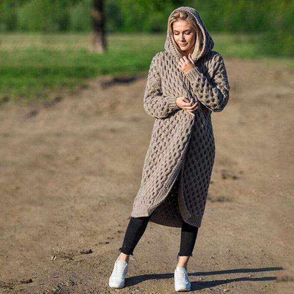 Dámský stylový pletený dlouhý svetr s kapucí