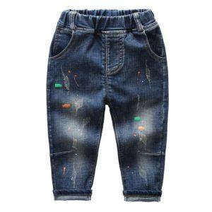 Ležérní džíny s barvami