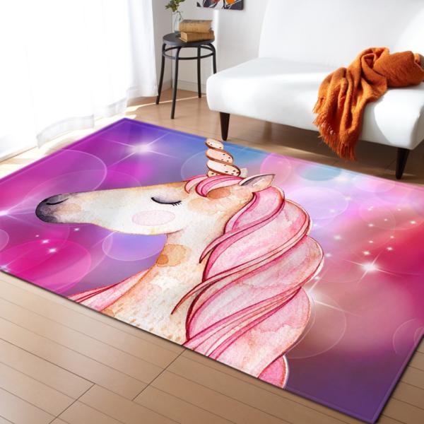 Měkký koberec s motivem jednorožce