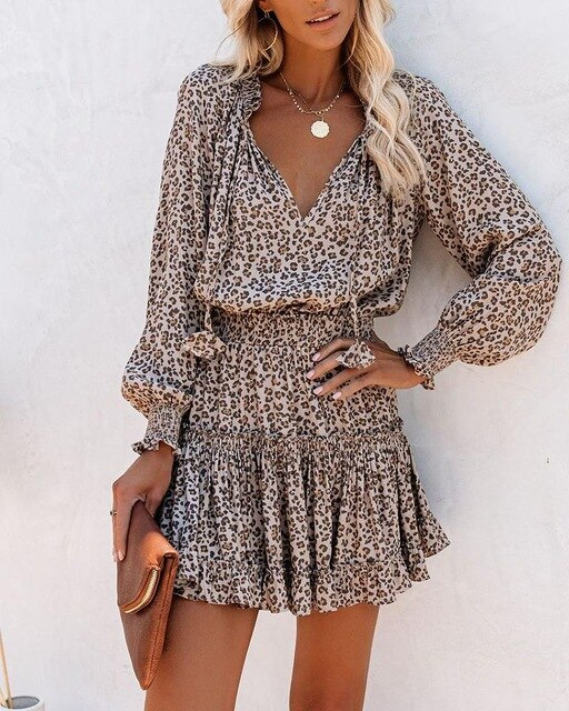Krátké šaty s dlouhým rukávem a leopardím vzorem Paige