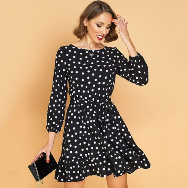 Volánkové puntíkaté roztomilé šaty