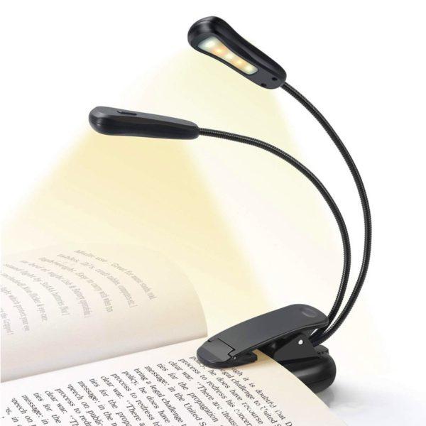 Praktická připínací lampa na čtení