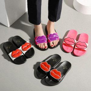 Dámské pantofle s pusinkou