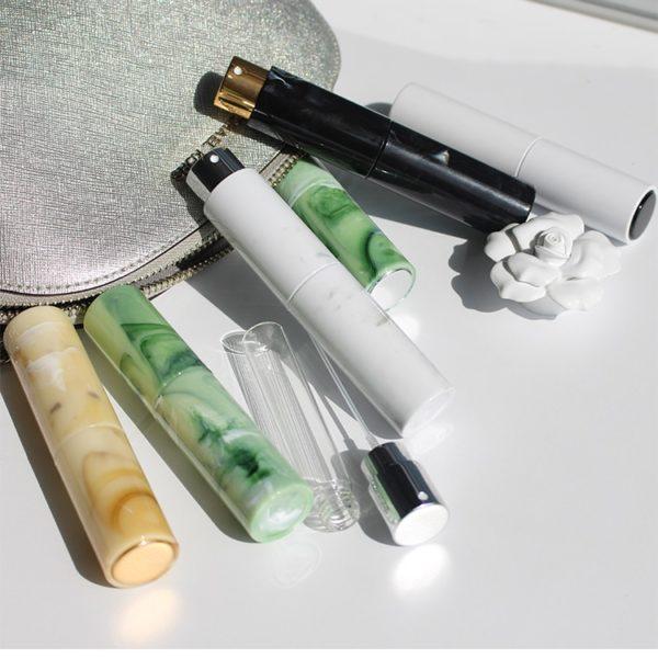 Plnitelná lahev s rozprašovačem na parfém do kabelky 10 ml