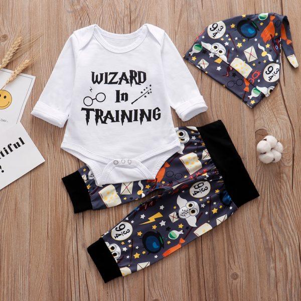 Novorozenecký set Harry Potter s tepláčkama a čepičkou