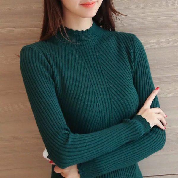 Dámský slim-fit svetr ke krku Sandra