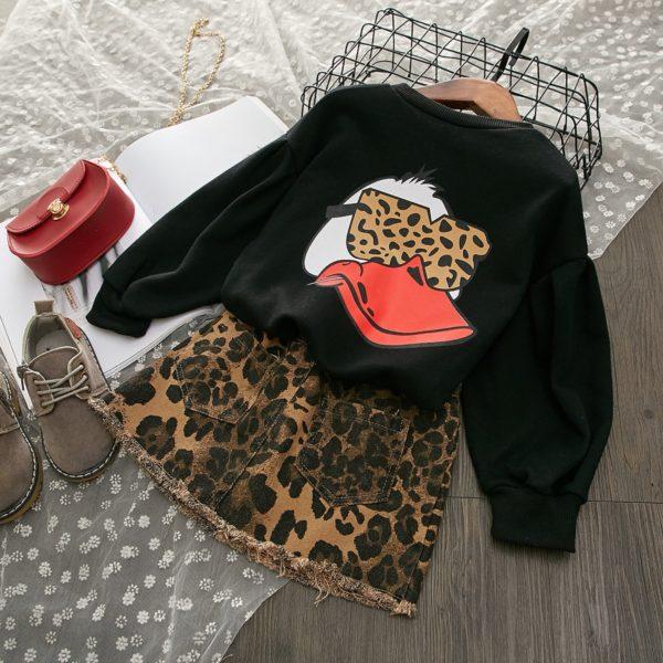 Nádherná stylový dívčí set džínové sukně s mikinou