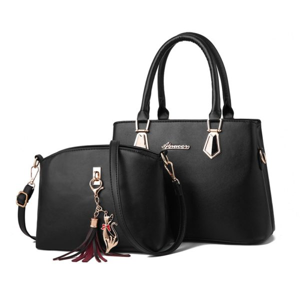 Sada malé a velké elegantní kabelky