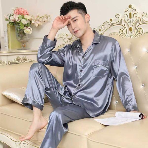 Pánský pyžamový set v luxusním stylu