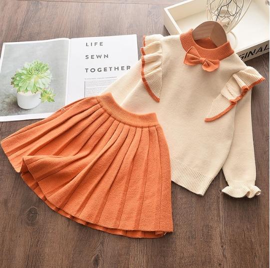 Dívčí set svetru s volánky a sukně