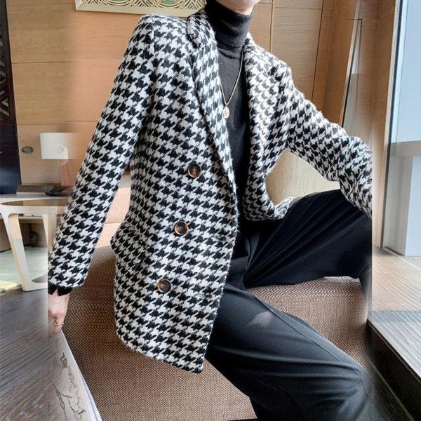 Dámský vintage nadčasový kostkovaný podzimní kabát