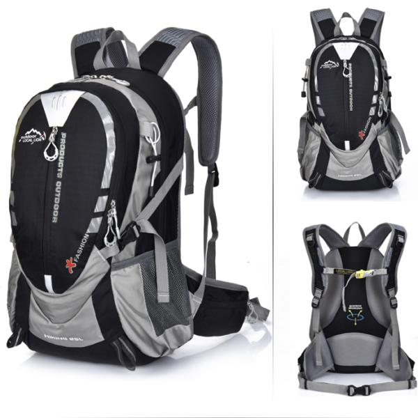 Outdoorový voděodolný trekingový batoh pro turisty