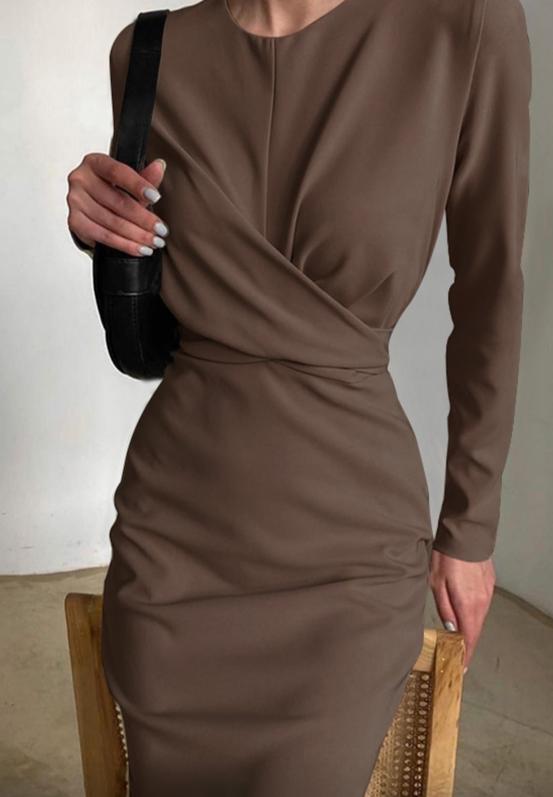Elegantní vypasované šaty Kendall