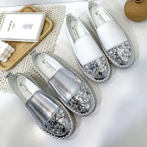 Dámské kožené Slip on boty s krystalem