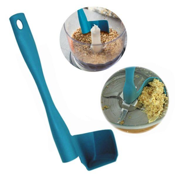 Praktická kuchyňská špachtle do mixéru