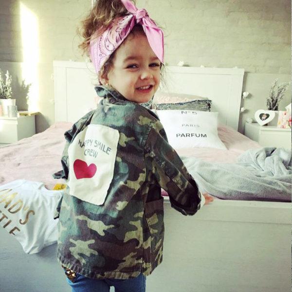 Dětská módní army jarní bundička se srdíčkem
