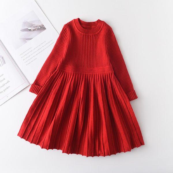 Dlouhé pohodlné módní dětské svetrové šatičky