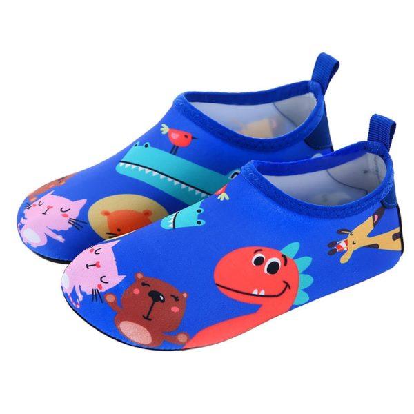 Dětské boty do vody se zábavnými motivy