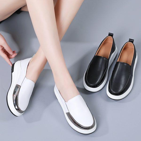 Kotníkové boty na platformě Renata