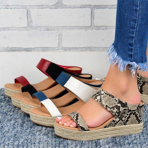 Dámské letní boty na klínku Luren