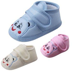 Novorozenecké bavlněné capáčky