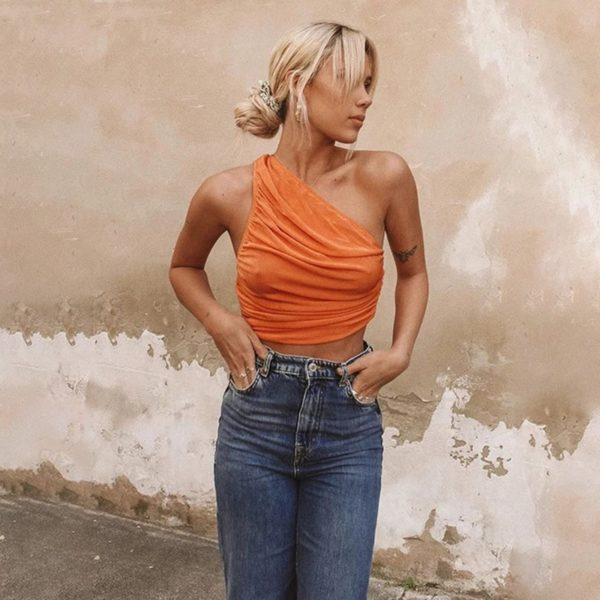 Stylový crop top na jedno rameno Angelina