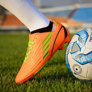 Venkovní klučičí fotbalové kopačky