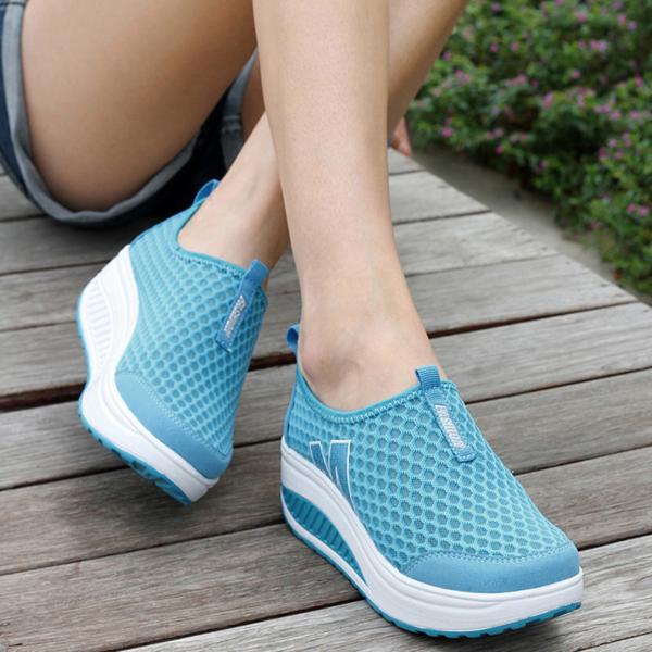 Dámské módní vycházkové boty se síťovinou